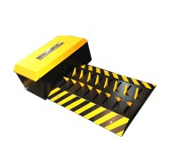 Surface Double Blade Road Trap
